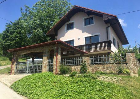 Hiša v Lendavskih Goricah
