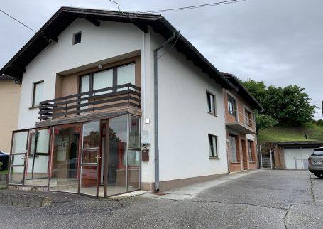 Hiša s poslovnim prostorom Lendavske Gorice