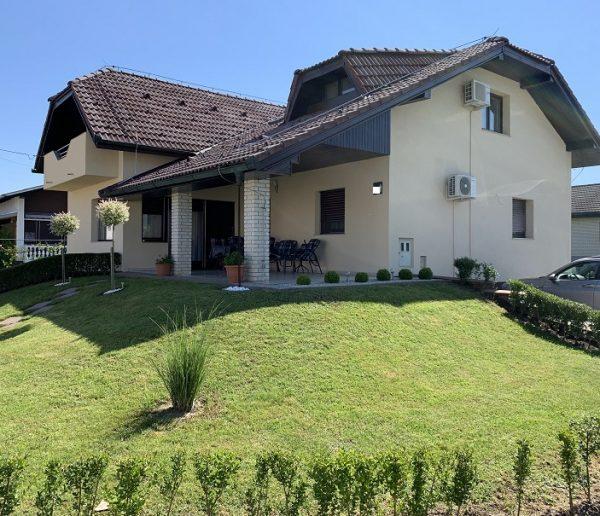 Hiša v Murskih Črncih