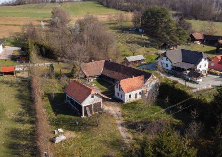 Hiša, Krnci